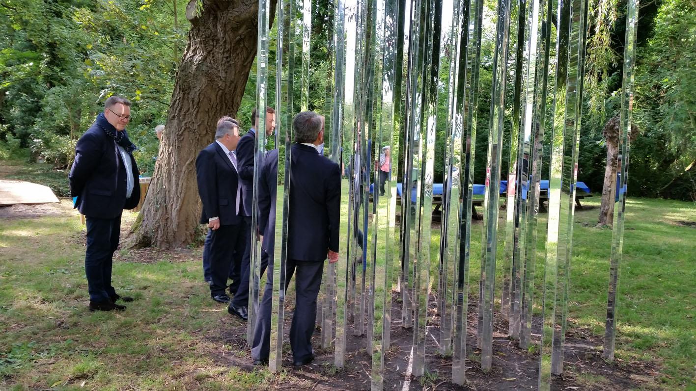 Inauguration Du Festival Art Villes Paysages Aux Hortillonnages D