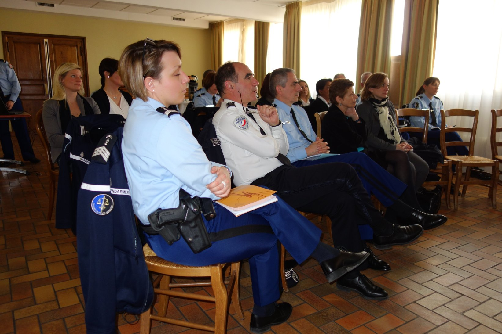 Rencontre avec les brigades de protection des familles et for Gendarmerie interieur gouv