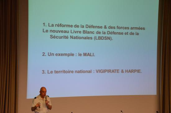 Livre_blanc_defense_25_06_13 023_web